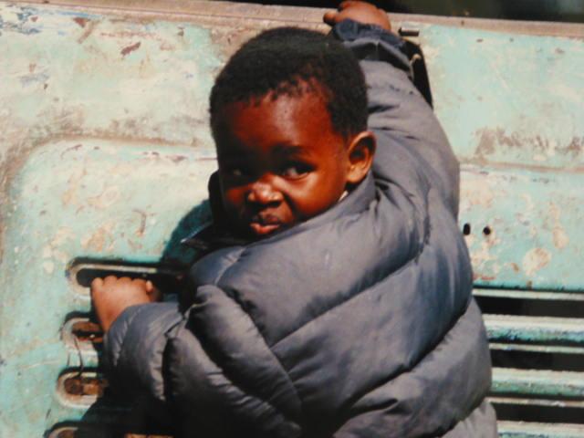 プムワニ村の男の子